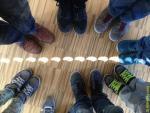 Солнечное затмение и ботинки в школьном классе