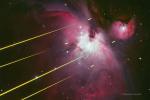 Туманность с лазерными лучами