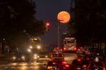 Луна над 96-й Восточной улицей